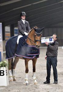 Overall kampioen Neelke van Kollenburg